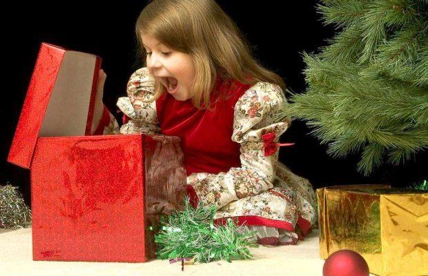 393eb0bfc552 Что подарить дочке на Новый год 2019 свиньи? Новогодний подарок под ёлку